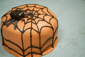 Red Velvet Cobweb Cake